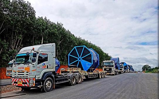Big Lot กับการตรวจปล่อยอุปกรณ์ ไป โรงไฟฟ้าหงสา ส่งออก ด่านห้วยโก๋น เมือง. พิธีการการตรวจปล่อยเป็นอย่างรวดเร็ว. ทั้ง 2 ฝั่งไทย-สปป.ลาว ขอบคุณลูกค้าที่ได้ให้ความไว้วางกับ ทีมงาน A&B Shipping เป็นผู้ดูแล งานพิธีการทางศุลกากร ในครั้งนี้. 19/Aug/2019